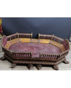 Siedzisko. Tron Maharadży....